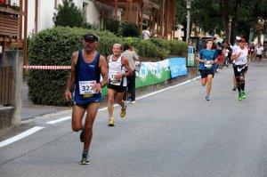 2015-finish-890