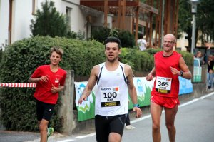 2015-finish-906