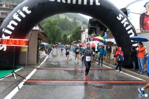 2017-finish-320